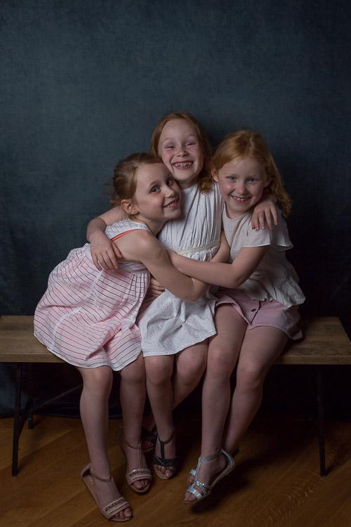 photographe-enfant-soeurs-vincennes