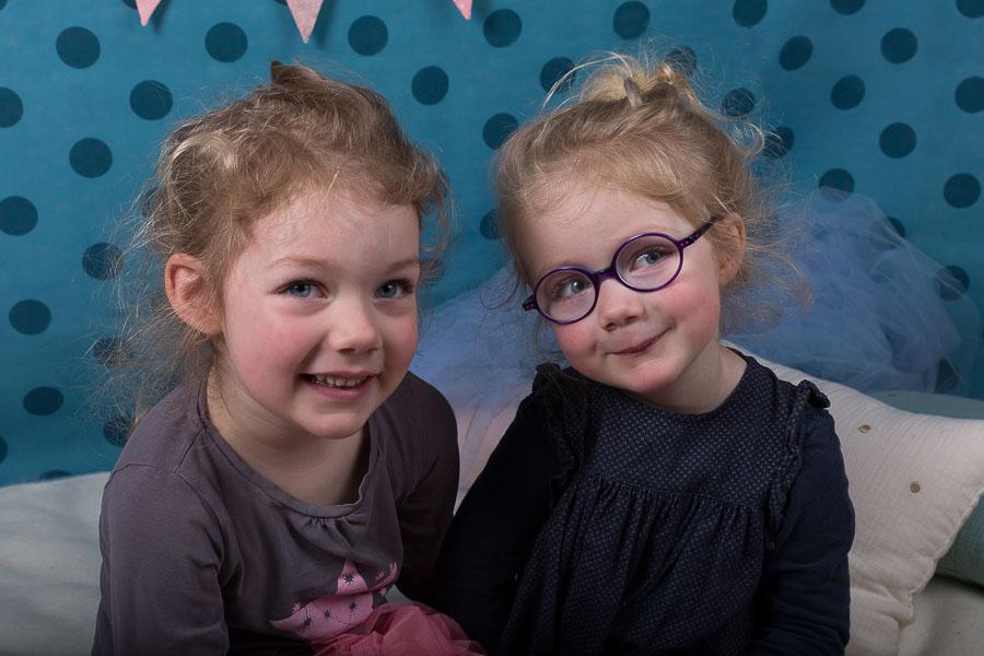 seance-enfant-soeurs-studio-vincennes
