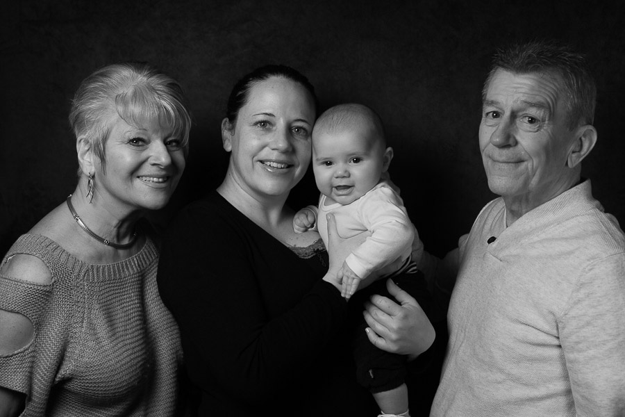 seance-photo-famille-studio-vincennes-jules